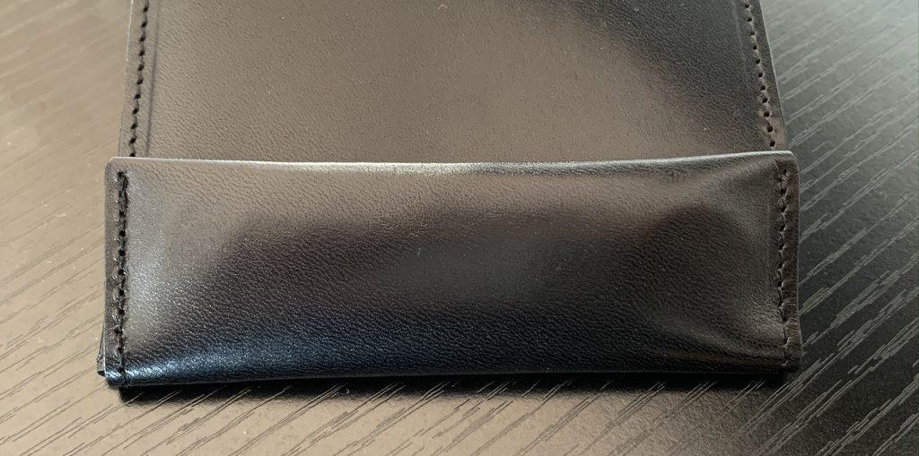 アブラサス薄い財布ローランドモデルの写真(小銭入れ部)